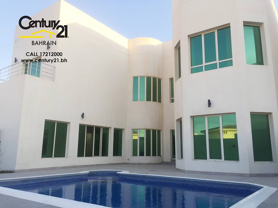 SEMI FURNISHED 4 BR VILLAS WITH PRIVATE POOL