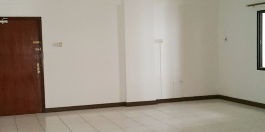 UNFURNISHED 3 BEDROOM APARTMENT FR599