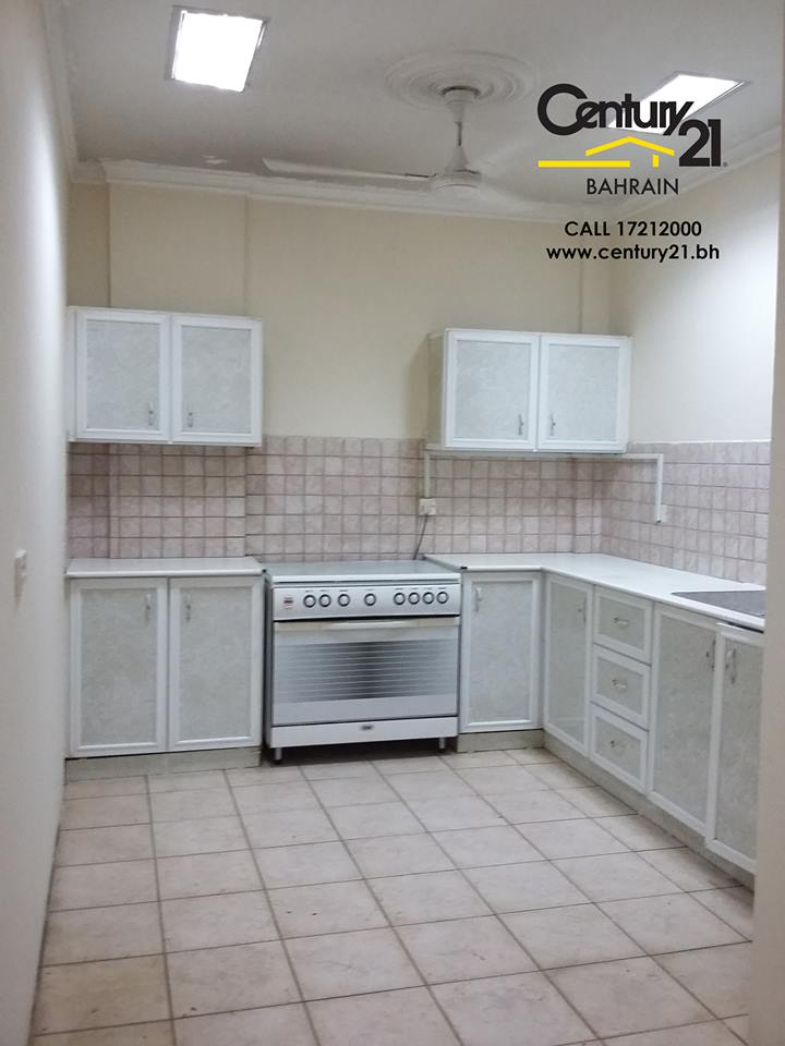 3 Bedroom Semi Detached House To Rent Rose Gardens: SEMI FURNISHED 2 & 3 BEDROOM APARTMENTS