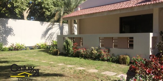 SAAR : SEMI FURNISHED 5 BEDROOM VILLA (MD)