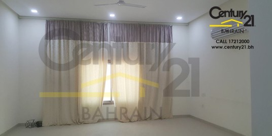 ARAD : SEMI FURNISHED 3 BEDROOM APARTMENT FOR RENT