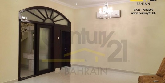SEMI FURNISHED 5 BEDROOM STAND-ALONE VILLA IN BUSAITEEN FOR BD 950 INCLUSIVE!! VR455