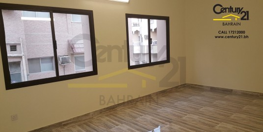 HOORA : SEMI FURNISHED 3 BEDROOM APARTMENT FR628