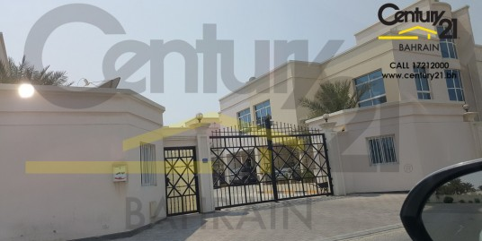 5 bedroom  villa for rent in janabiya VR457