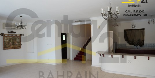 3 bedroom villa for rent in Saraya VR459