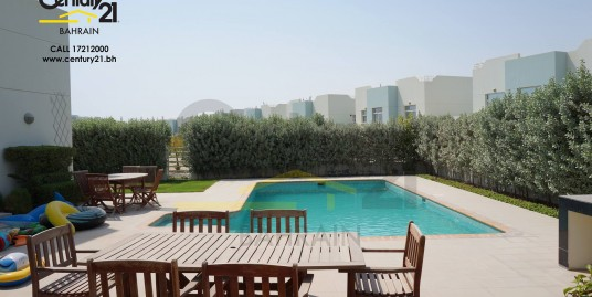 RIFFA VIEWS : SEMI FURNISHED 5 BEDROOM VILLA FOR SALE VS457