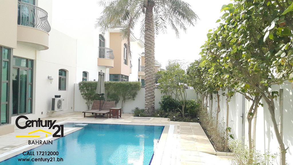 4 Bedroom Luxurious Villa On a Corner Plot In The Parks Estate Riffa Views VS460