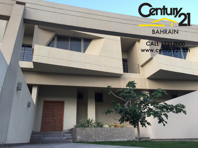 villa for rent in amwaj VR696