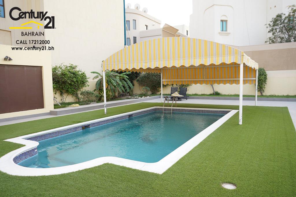 5 bedroom villa for rent in Saraya VR703