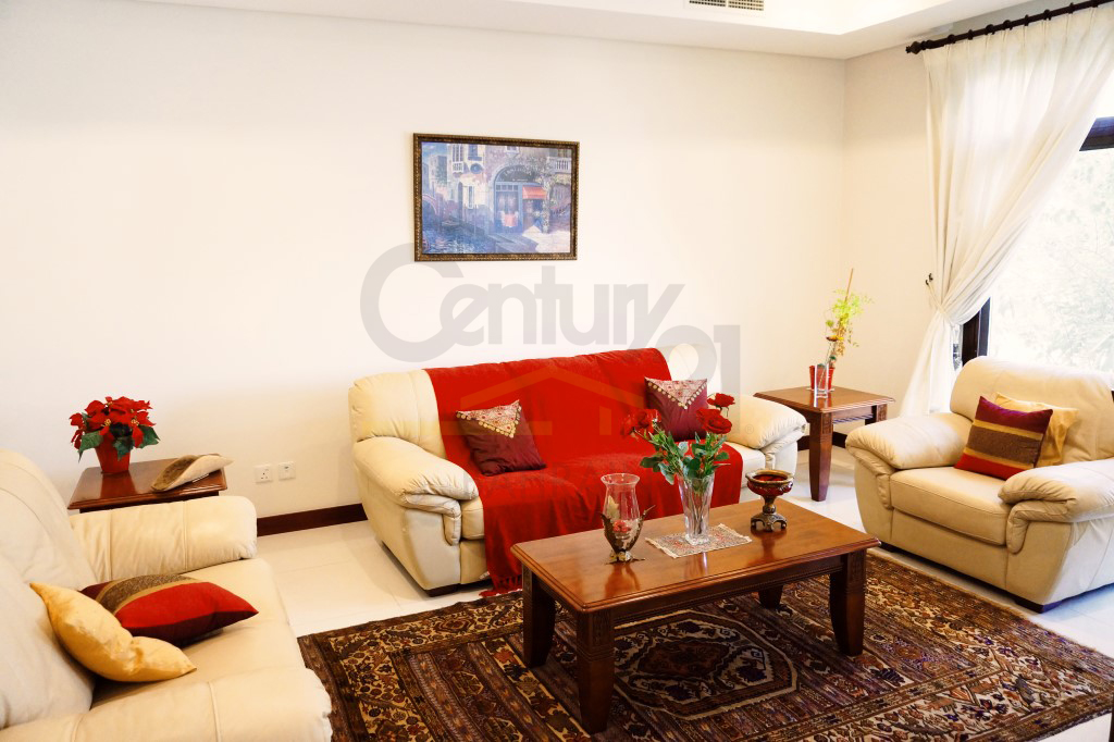 4 bedroom semi furnished villa in Riffa views Oasis Estate for sale