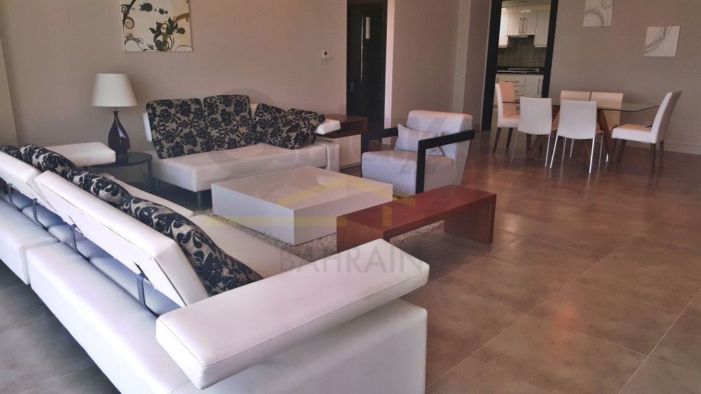 2 or 3 bedroom apartment for rent in Amwaj Islands