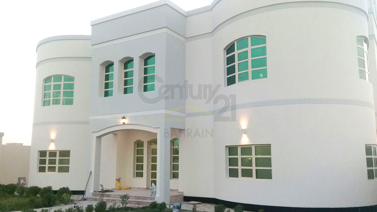 6 bedroom villa in West Riffa for sale or rent