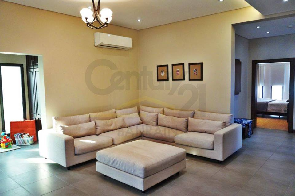 LUXURY 5 BEDROOM VILLA IN GALALI