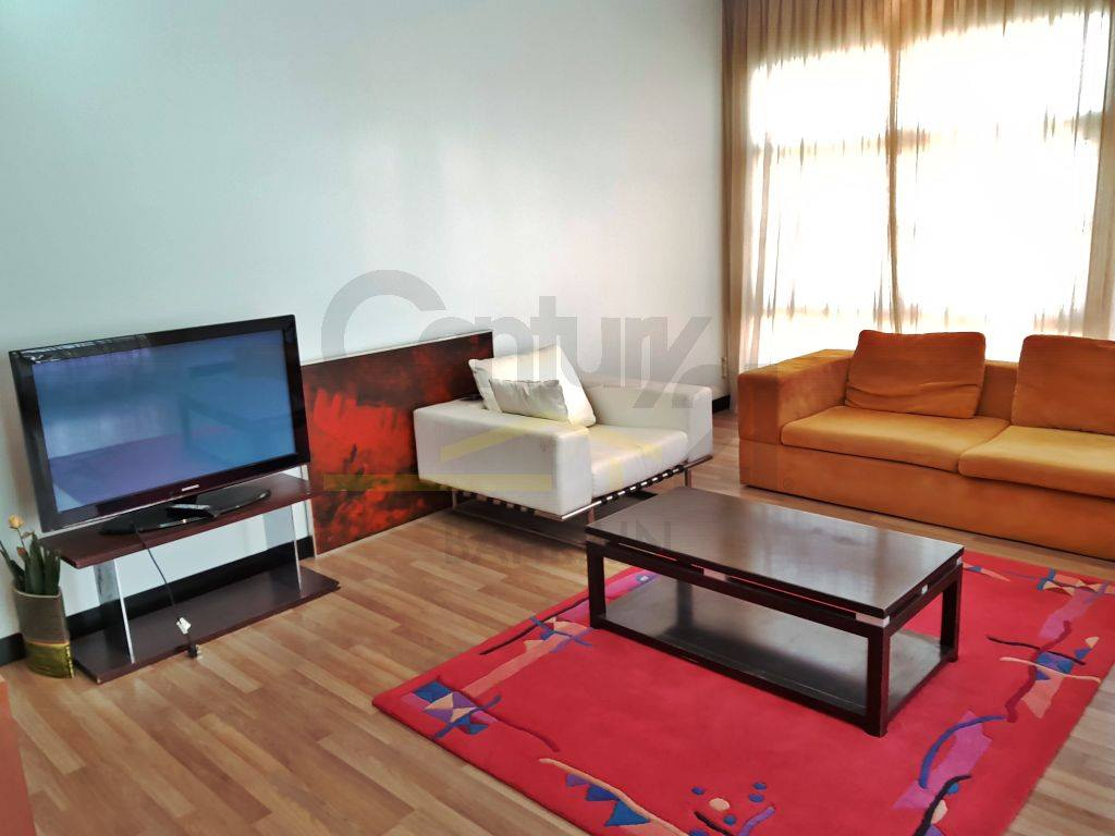 MODERN 5 BEDROOM FURNISHED VILLA IN RIFFA VIEWS FOR BD 1500 EXCLUSIVE!(898 MK)