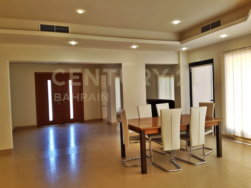 SEMI FURNISHED 4 BEDROOM VILLA IN SAAR FOR BD 1300 EXCLUSIVE (AT)