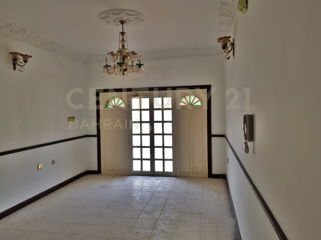 UNFURNISHED 4 BEDROOM VILLA IN RIFFA FOR BD 600 EXCLUSIVE (1001 MK)